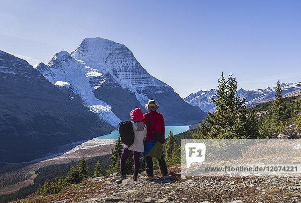 Hiking in the Mount Robson Provincial Park  UNESCO World Heritage Site  with a view of the Whitehorn Mountain  Canadian Rockies  British Columbia  Canada  North America