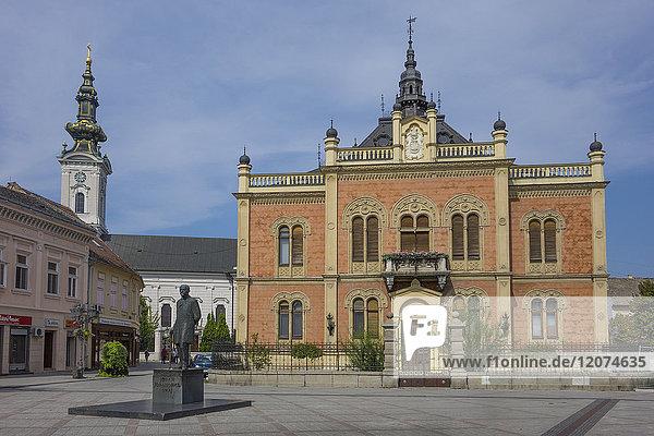 Bishop's Palace  Zmaj statue and Orthodox Cathedral  Novi Sad  Vojvodina  Serbia  Europe