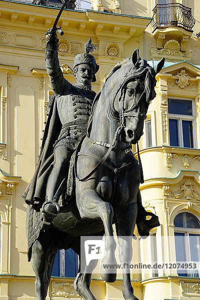 Ban Jelacic monument on Ban Jelacic Square  Zagreb  Croatia  Europe