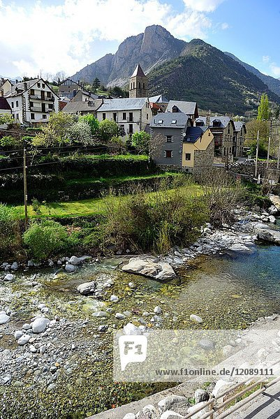 View of Bielsa  river and mountains  Huesca  Spain