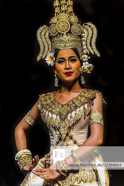 Robam Apsara (Apsara dance). Apsara are celestial female spririts  seen as the mothers of Khmer dances and symbols of Khmer culture). Traditional dance show presented by Cambodian Living Arts  National Museum of Cambodia  Phnom Penh  Cambodia.