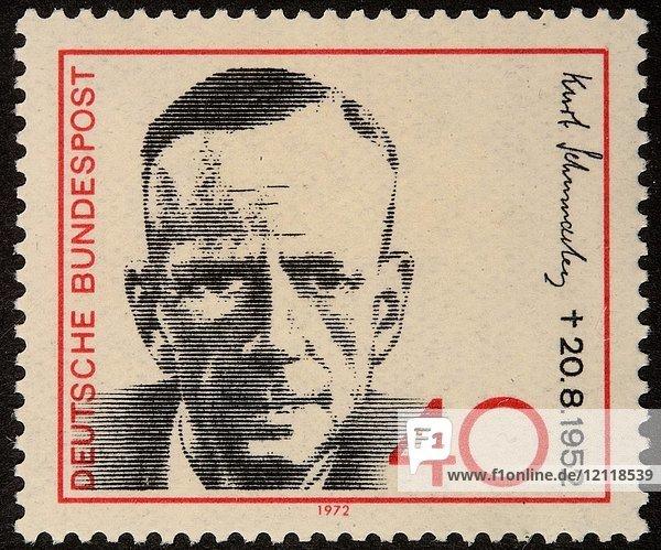 Kurt Ernst Carl Schumacher  ein deutscher sozialdemokratischer Politiker  Porträt auf einer deutschen Briefmarke (BRD) 1972