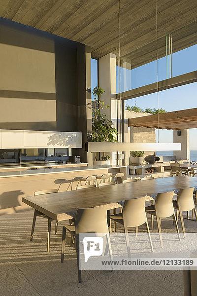 Sunny modern  luxury home showcase interior dining room