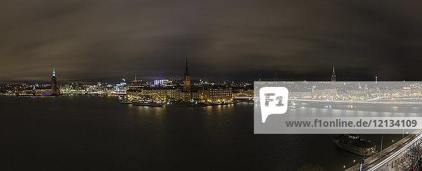 Panorama bei Nacht in Stockholm  Schweden