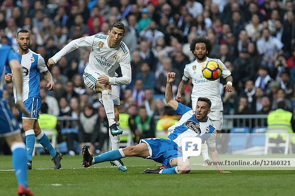 MADRID  SPAIN. January 21  2018 - Cristiano Ronald shoots on goal. Doubles for Cristiano Ronaldo  Bale and Nacho  alongside Modric's sole strike  overturn Deportivo's early goal in a superb display of the Whites' firepower. Photos by Antonio Pozo | PHOTO MEDIA EXPRESS.