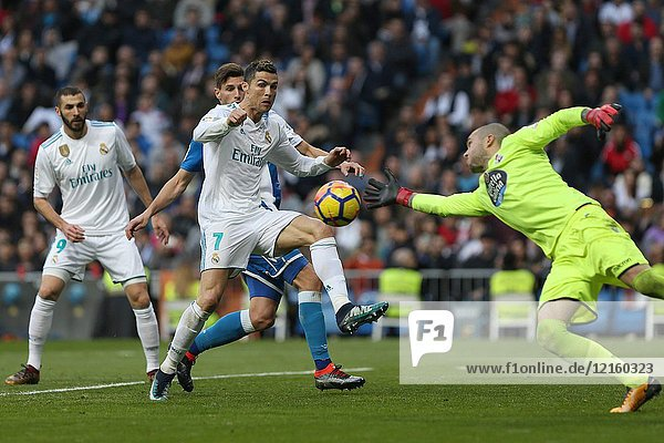 MADRID  SPAIN. January 21  2018 - Cristiano Ronaldo in action in Deporâ.s area. Doubles for Cristiano Ronaldo  Bale and Nacho  alongside Modric's sole strike  overturn Deportivo's early goal in a superb display of the Whites' firepower. Photos by Antonio Pozo | PHOTO MEDIA EXPRESS.