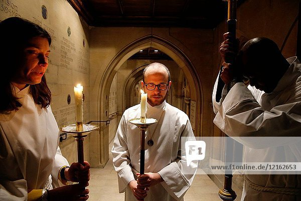 Altar servers in Holy Trinity American cathedral