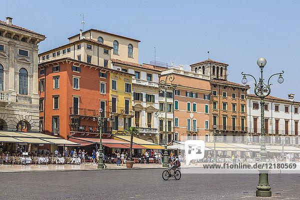 Italy  Veneto  Verona  Piazza Bra
