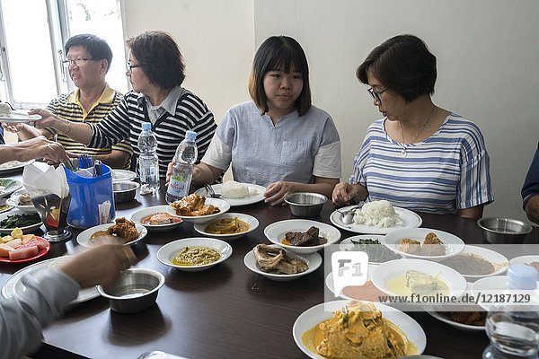 Restoran Sederhana  Pontianak  West Kalimantan  Indonesia