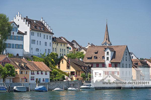Schweiz  Thurgau  Diessenhofen  Stadtbild mit Rhein