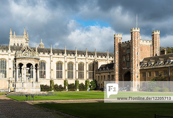 Trinity Great Court  Trinity College  University of Cambridge  Cambridge  Cambridgeshire  England  United Kingdom  Europe