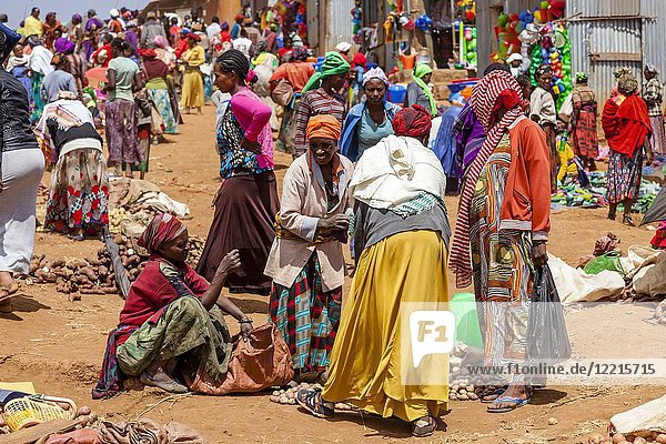 The Famous Saturday Market At The Dorze Village Of Chencha  High Up In The Guge Mountains  Gamo Gofa Zone  Ethiopia.