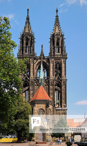 Europe  Germany  Saxony  Meissen the Cathedral is also known as the Church of St John and St Donatus. The church is set in the grounds of Albrechtsburg castle. It is also one of Europe's smallest Cathedrals.