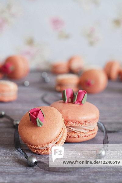Erdbeer-Macarons