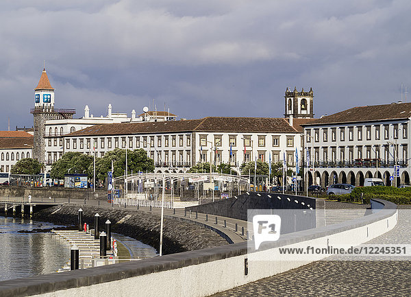 Port in Ponta Delgada  Sao Miguel Island  Azores  Portugal  Atlantic  Europe
