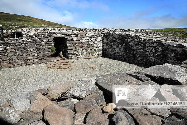 Dunbeg Promontory Fort  Slea Head Drive  Dingle Peninsula  Wild Atlantic Way  County Kerry  Munster  Republic of Ireland  Europe