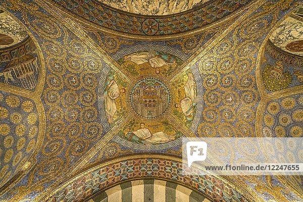 Deckenmosaik Civitas Dei  Aachener Dom  Aachen  Nordrhein-Westfalen  Deutschland  Europa