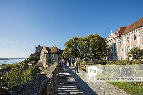 Neues Schloss und Schlossterrasse  Meersburg  Bodensee  Baden-Württemberg  Deutschland  Europa