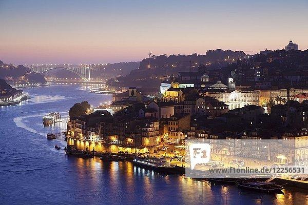 View over the Douro River to Ribeira  Porto  Region Norte  Portugal  Europe