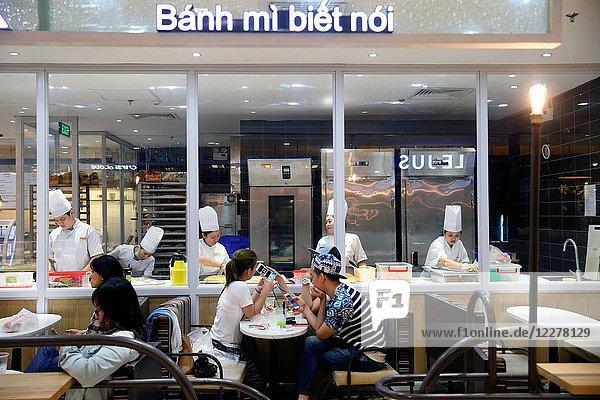 Vietnamese restaurant in a shopping mall