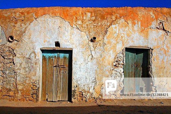 Doors  Béni Khédache  traditional Berber architecture  Tunisia