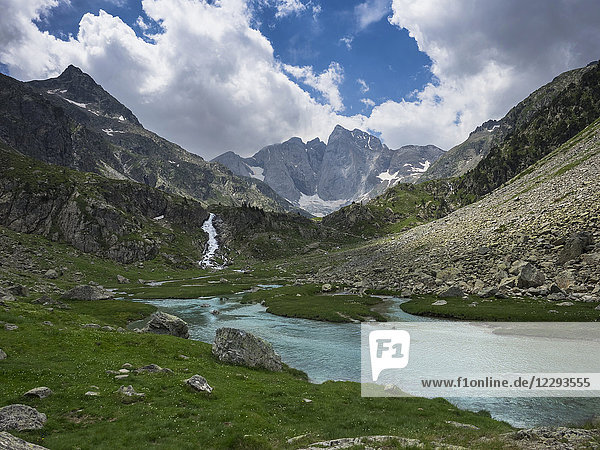 Scenic view of lake of Gaube and Vignemale mountain  Pyrenees  France