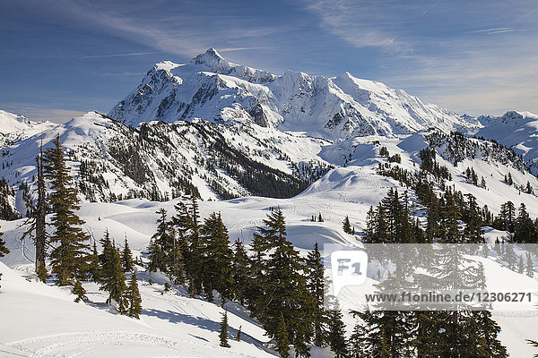 Beautiful natural scenery of Mount Shuksan in winter  North Cascades National Park  Washington State  USA