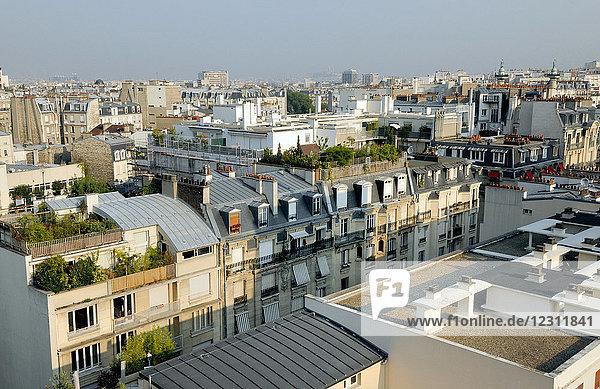 France  Ile de France  Paris  12th district  residential buildings on the avenue de St Mande