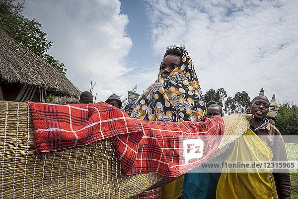 Rwanda  Ruhengeri  Musanze  Iby'Iwacu Cultural village  wedding ceremony