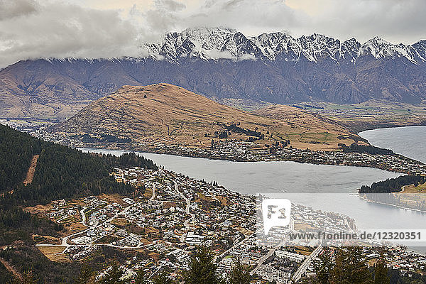 View over Queenstown  Lake Wakatipu and The Remarkables from Ben's Peak  Queenstown  Otago  South Island  New Zealand  Pacific