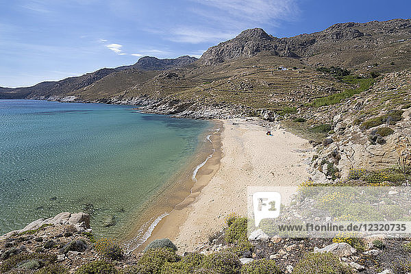 View over Kalo Ampeli beach near Livadi on island's south coast  Serifos  Cyclades  Aegean Sea  Greek Islands  Greece  Europe