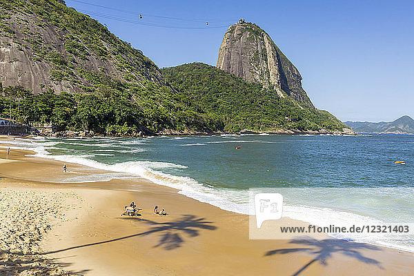 View from Praia Vermelha (Red Beach) to the Sugarloaf Mountain  Rio de Janeiro  Brazil  South America