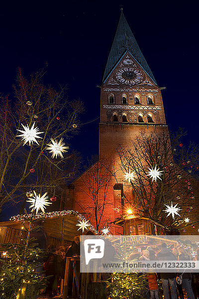 Small Christmas market at St. John's Church in Luneburg  Lower Saxony  Germany  Europe