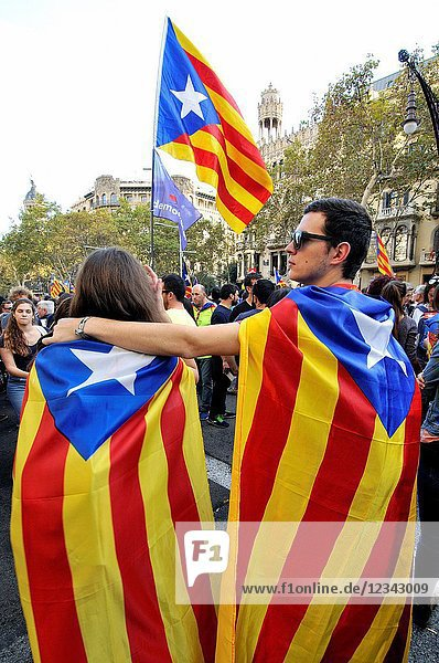 Political demonstration for the independence of Catalonia. Estelades. Independentist Catalan flags. October 2017. Barcelona  Catalonia  Spain
