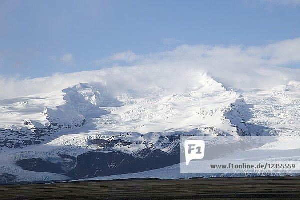 Landscape Vatnajokull park Skaftafellsjokull glacier in winter  Iceland.
