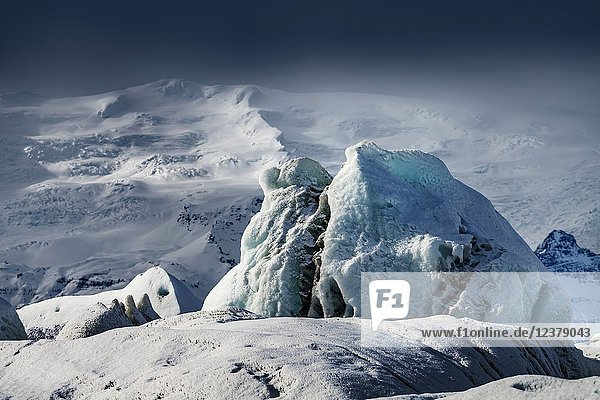 Icebergs in the Jokulsarlon  Breidamerkurjokull Glacier  Vatnajokull Ice Cap  Iceland..