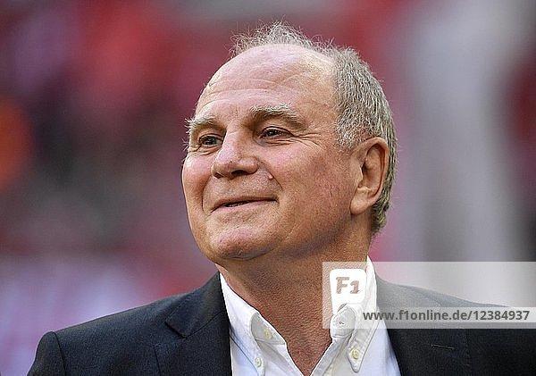 Präsident Uli Hoeneß FC Bayern München  Allianz Arena  München  Bayern  Deutschland  Europa