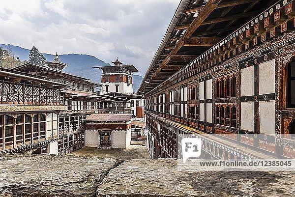 Klosterfestung  Trongsa Dzong  Trongsa  Himalaja-Region  Bhutan  Asien