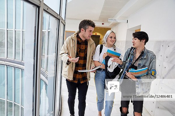 Students walking  College  School of Business Studies  University  Donostia  San Sebastian  Gipuzkoa  Basque Country  Spain  Europe