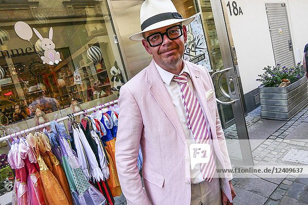 Gothenburg  Sweden May 31  2018 Candid street photo of Joakim Dahl. Honorary Consul. Consulate of the Republic of Kazakhstan  dressed in pink.