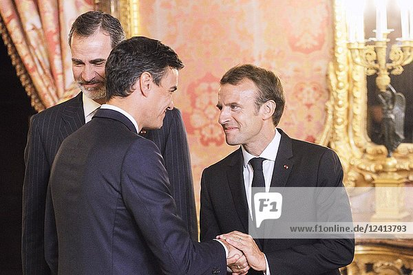 King Felipe VI of Spain  Emmanuel Macron  Pedro Sanchez attends a dinner with President of the Republic of France at Royal Palace on July 26  2018 in Madrid  Spain