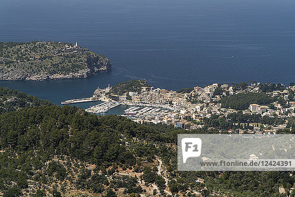 Spain  Balearic Islands  Mallorca  View from Mirador de Ses Barques to Port de Soller