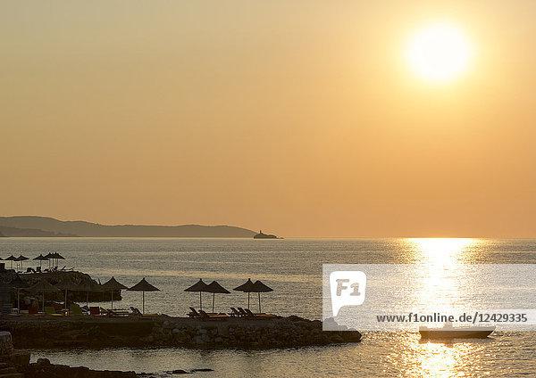 Sonnenuntergang am Strand  Ksamil  Albanien