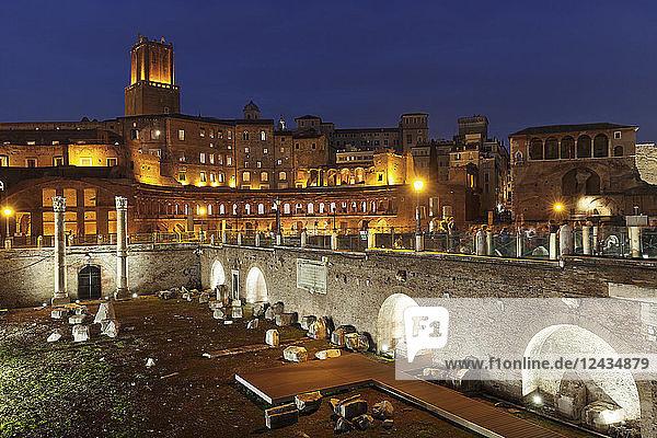 Trajan's Markets  Torre delle Milizie Turm  Trajan's Forum (Foro di Trajano)  UNESCO World Heritage Site  Rome  Lazio  Italy  Europe