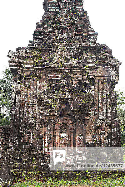 Stone carvings on monument B4 one of the Cham Temple ruins at the My Son Sanctuary  UNESCO World Heritage Site  Quang Nam Province  Vietnam  Indochina  Southeast Asia  Asia