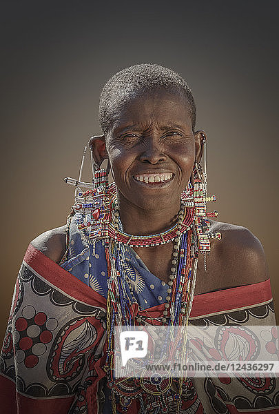 Masai woman in Amboseli National Park  Kenya  East Africa  Africa