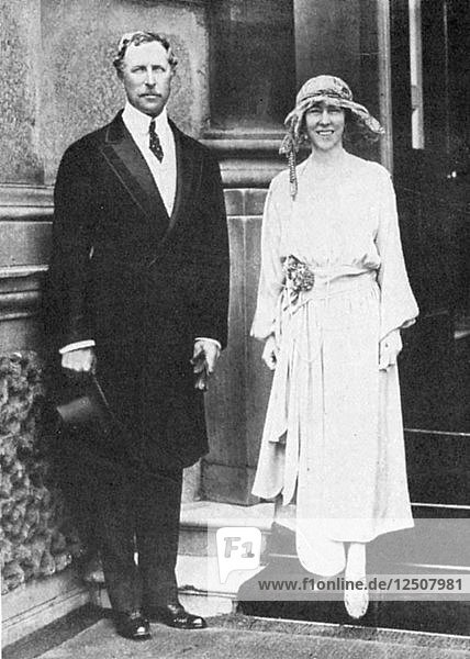 Albert I (1875-1934)  King of the Belgians from 1909  with his consort  Queen Elisabeth. Artist: Unknown