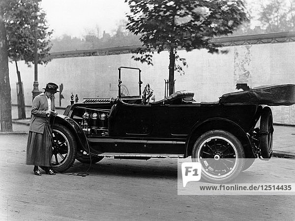 Josephine Boston with a 1914 Cadillac  (c1914?). Artist: Unknown
