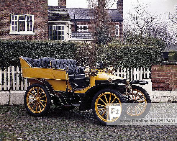 A 1903 Wolseley. Artist: Unknown