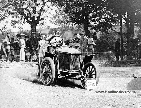 Algernon Guinness driving a Minerva in the Circuit des Ardennes  1907. Artist: Unknown